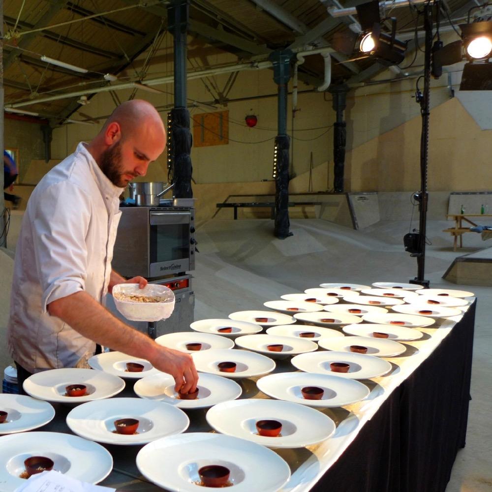 Maatwerk: etentjes diner stoere locatie feest - Groepsdiner op maat