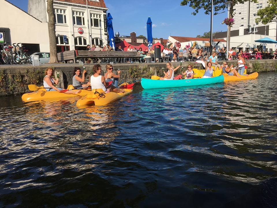 Waterfietsen of kanoën in de Piushaven